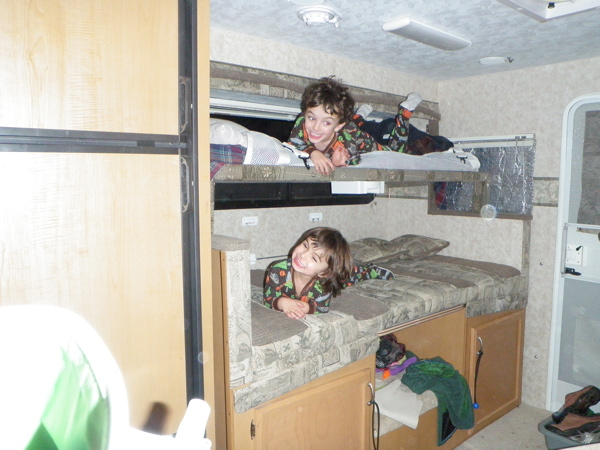 RV.Net Open Roads Forum: Anyone build a bunk in a slide over the dinette?